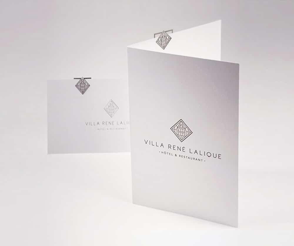 Porte menu Villa Lalique tout simplement